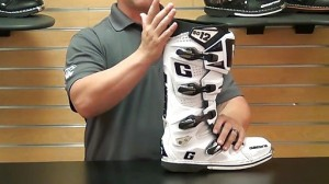 gaerne-sg12-motorcycle-boots-review-4