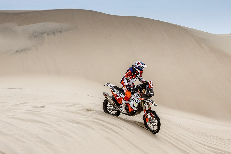 Emanuel Gyenes etapa 1, desertul Atacama, Dakar 2019, foto RallyZone Cristiano Barni