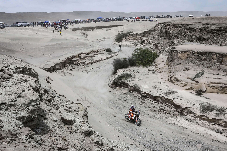 Mani Gyenes in timpul etapei a 3 din Dakar 2019 - desertul Atacama